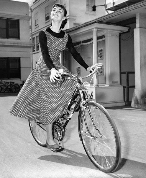 Audrey Hepburn sul set del fil Sabrina