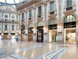La boutique della maison Luisa Spagnoli in Galleria Corso Vittorio Emanuele a Milano