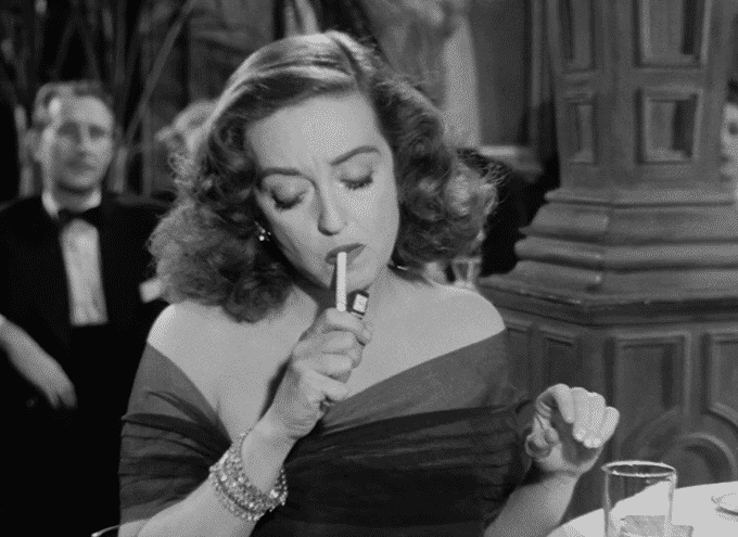 Bette Davis Smokes