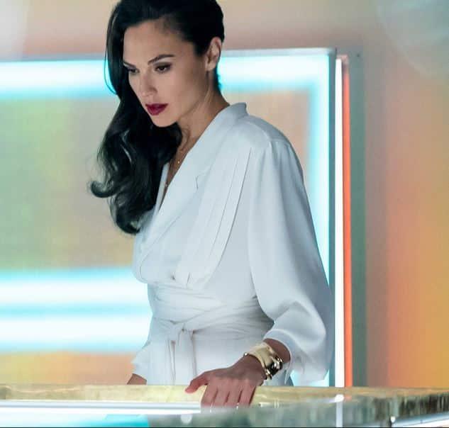 Gal Gadot indossa il bracciale Bone di Elsa Peretti